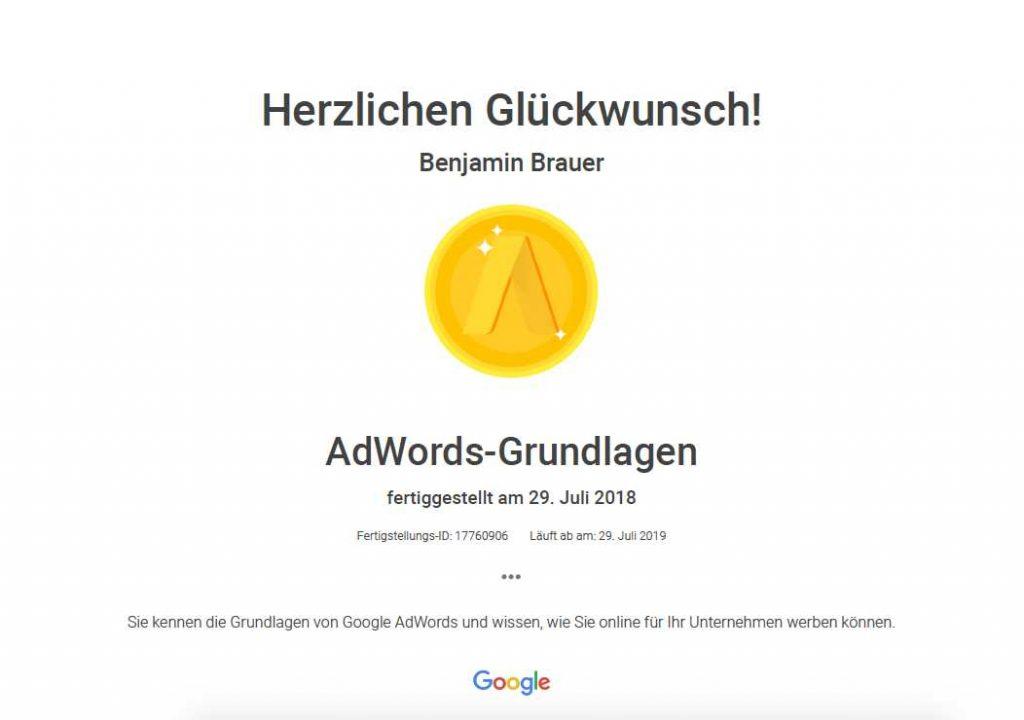 Zertifikat von Benjamin Brauer für AdWords-Grundlagen 2018
